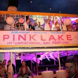 """Auf die """"Boat Cruise Party"""", bei der zwei Disco-Schiffe auf dem W�rthersee miteinander verbunden werden, freuen sich viele am meisten - Quelle: W�rthersee Tourismus/Fotostudio Horst"""
