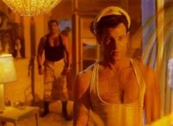 """Szene aus """"Querelle"""", Fassbinders letzer Film, bevor er durch einen Cocktail aus Medikamenten, Kokain und Alkohol starb. - Quelle: STUDIOCANAL"""