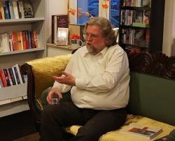 Ralf Dose erzählt von der packenden Enstehungsgeschichte seines Buches - Quelle: Marvin Mendyka