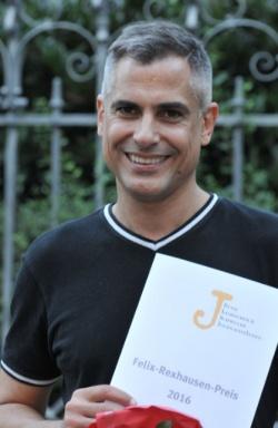 HR-Reporter Peter Gerhardt freut sich �ber die Auszeichnung - Quelle: Axel Bach