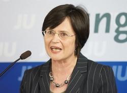 Christine Lieberknecht ist seit Oktober 2009 Ministerpr�sidentin und CDU-Landesvorsitzende in Th�ringen. Sie regiert in einer Gro�en Koalition mit der SPD - Quelle: Michael Panse / flickr / cc by-nd 2.0