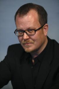 Der finnische Autor Sami Hilvo pendelt zwischen Helsinki und Tokio - Quelle: Pertti Nisonen