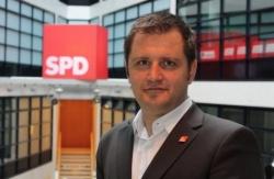 Stolz auf seine Partei: Schwusos-Chef Ansgar Dittmar - Quelle: SPD - Schwusos