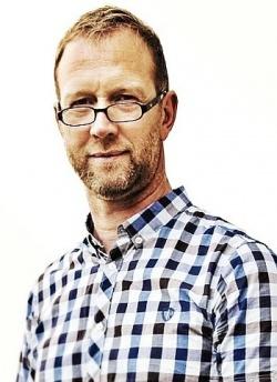 Schreibt er gerade nicht, arbeitet Stephan Niederwieser als Heilpraktiker.