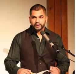 Sunil Mann bei einer Lesung