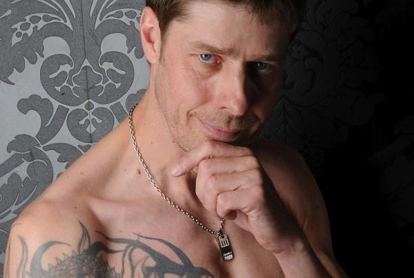 callboy thüringen scheiden tattoo