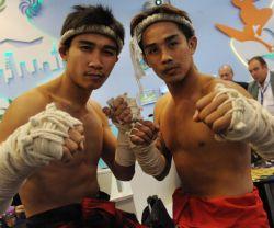 S�dostasien entdeckt reisefreudige Schwule und Lesben: Werden die Thai-Boxer von der ITB Berlin auch in Singapur vollen K�rpereinsatz zeigen?