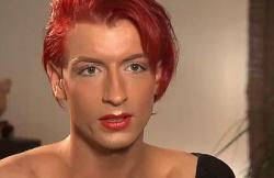 Betty Bambi in der Doku über ihre Erfahrungen mit der Geschlechtsangleichung - Quelle: RTL2