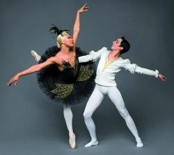 Begeistert Ballettomanen und Ballettmuffel gleichermaßen: Black Swan