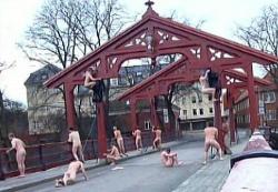 Geil! Alte Br�cke (in aufreizendem Rot!) in Trondheim. - Quelle: Onkel Saft