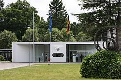 Das Bundesverfassungsgericht wird am Dienstag von seinem temporären Sitz aus Geschichte schreiben - Quelle: Wiki Commons / Matthias Cantow / CC-BY-SA-3.0