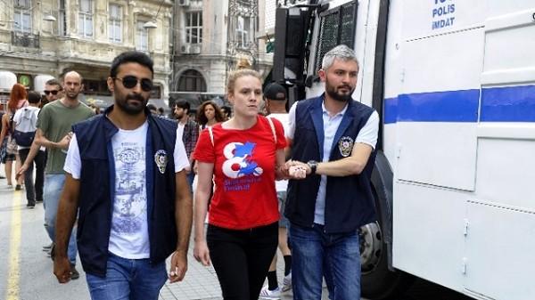 Hohes Polizeiaufgebot in Istanbul wegen Gay-Pride-Marsch