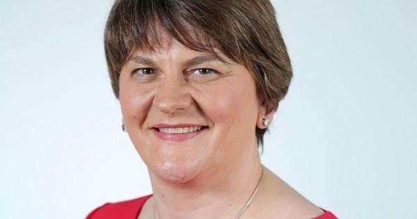 GB-WAHL/: May verliert Mehrheit - Corbyn fordert Rücktritt