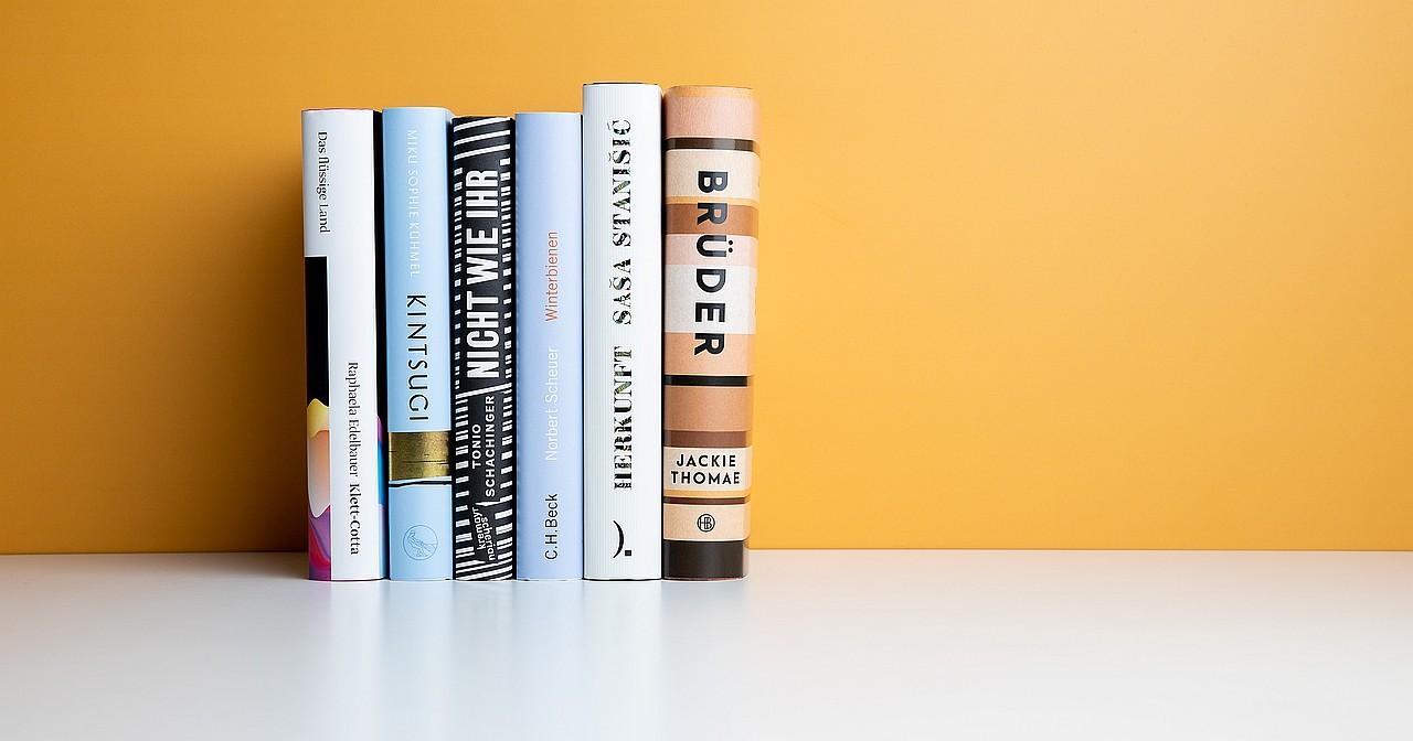 Roman über schwules Paar auf Shortlist zum Buchpreis 2019