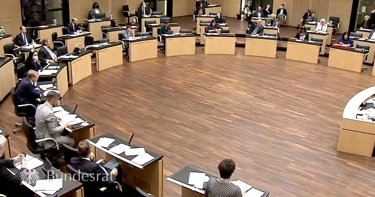Bundesrat verurteilt Diskriminierung von Regenbogenfamilien nicht