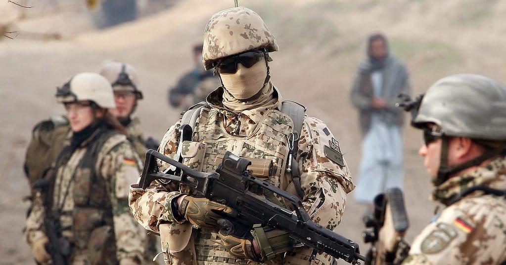 Rehabilitierung verurteilter homosexueller Soldaten geplant