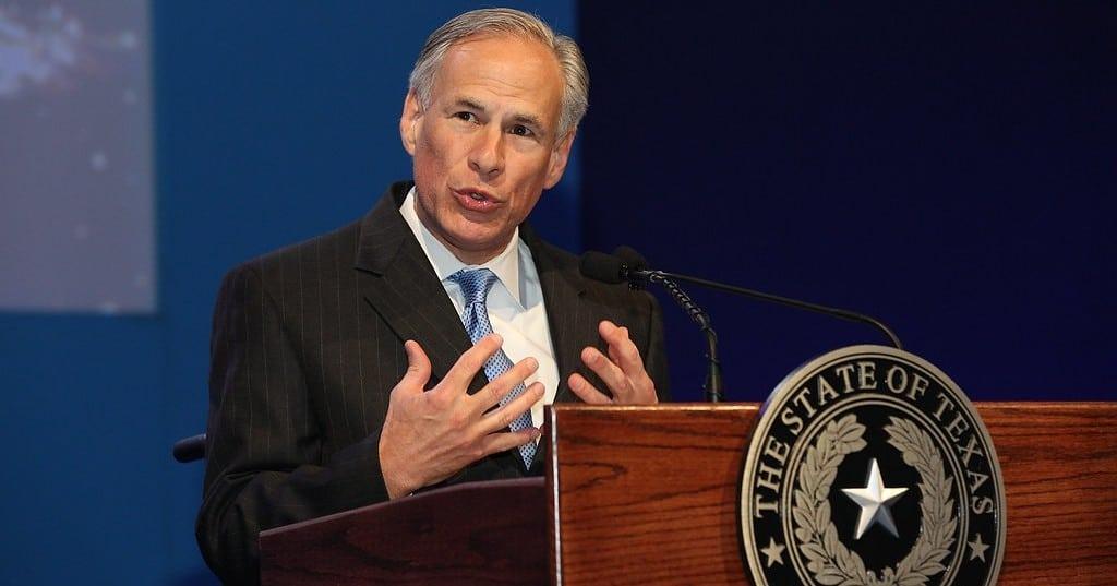 Texas: Gouverneur unterzeichnet transfeindliches Gesetz