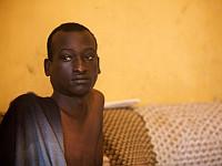 Wie können wir Lesben und Schwulen in Uganda helfen?