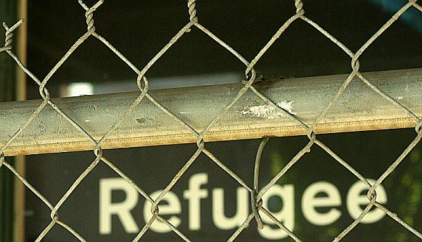 Asyl - Trotz Morddrohungen: Lesbe in den Kosovo abgeschoben