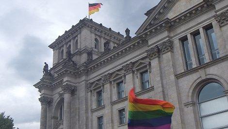 Homo-Rechte: Merkel, Gabriel und Seehofer entscheiden